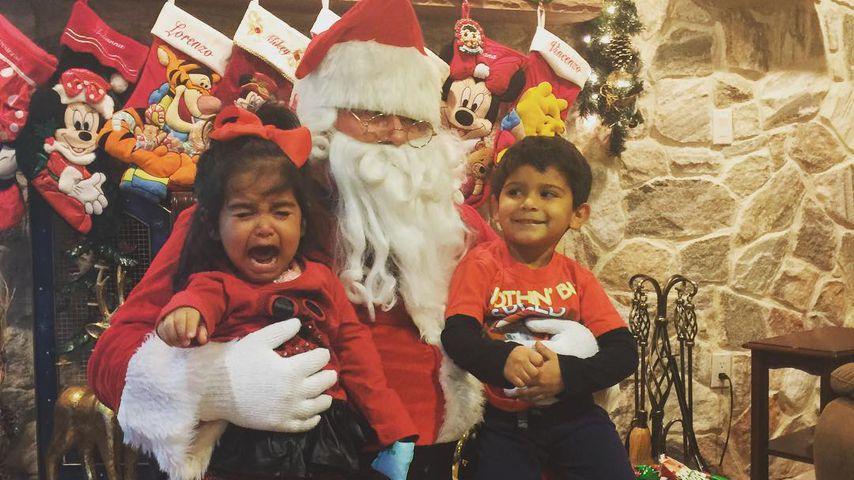 Santa ist schrecklich! Snookis Tochter feiert Schreinachten