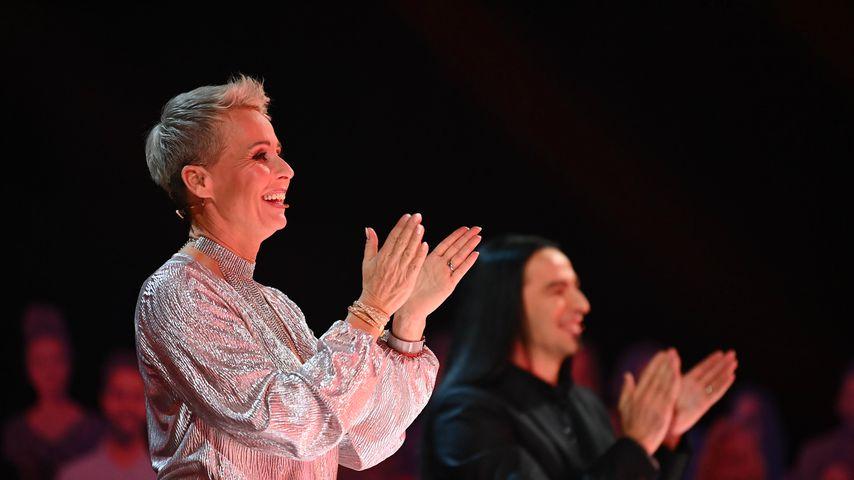 """Sonja Zietlow und Bülent Ceylan bei """"The Masked Singer"""""""