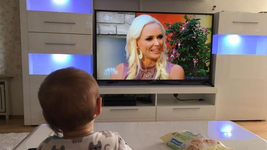 Süß! Sophia Cordalis schaut Mami Dani Katzenberger im TV an