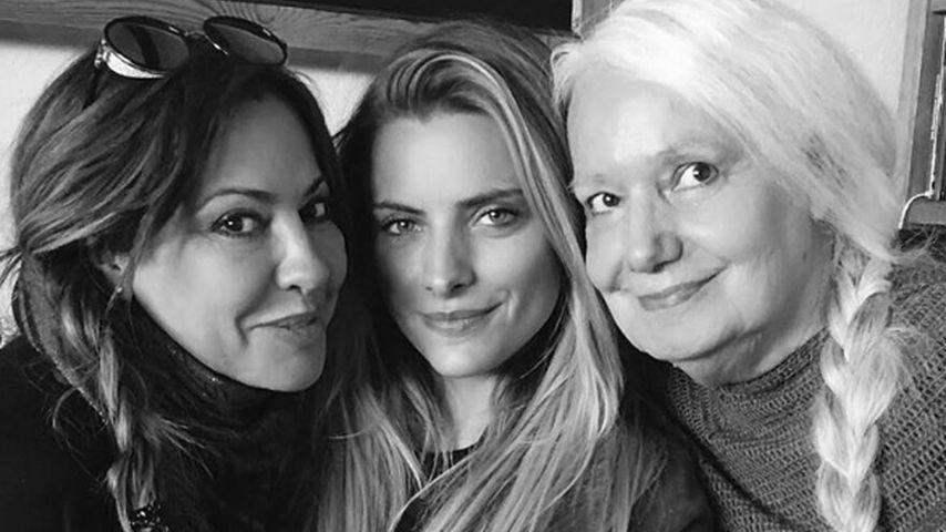 Drei-Generationen-Foto: So schön ist Sophia Thomallas Oma