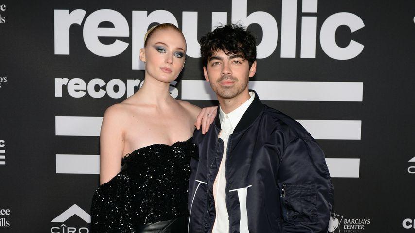 Sophie Turner und Joe Jonas hatten Ring Pops als Trauringe!