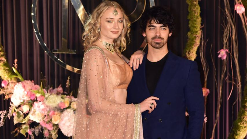 So traditionell: Sophie Turner bei Nick & Priyankas Empfang