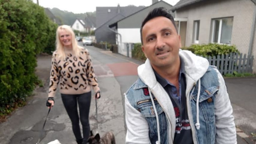 Steffi und Roland Bartsch mit ihren Hunden, 2019