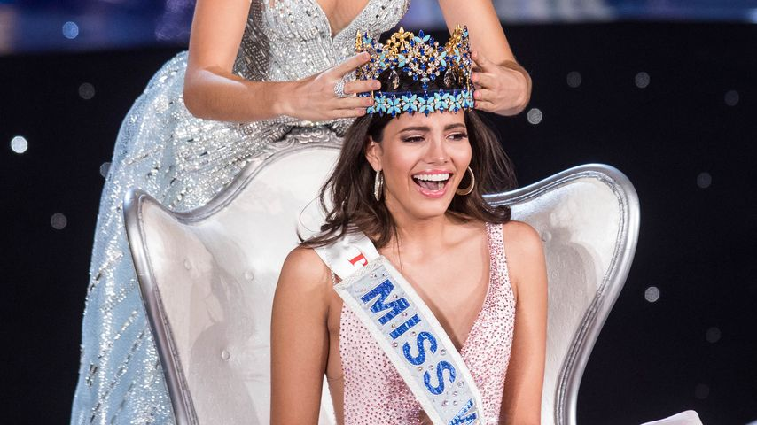 Stephanie Del Valle, Miss World 2016 (vorne) und Mireia Lalaguna, Miss World 2015 (hinten)