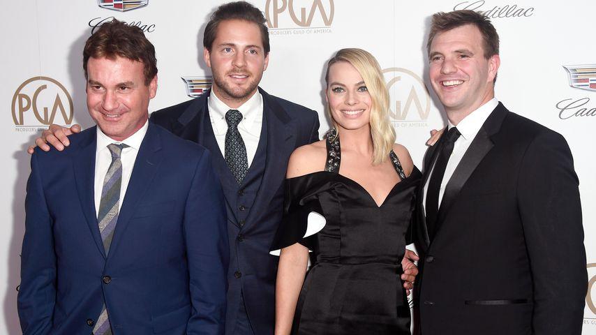 Steven Rogers, Tom Ackerley, Margot Robbie und Bryan Unkeless im Januar 2018 in Beverly Hills