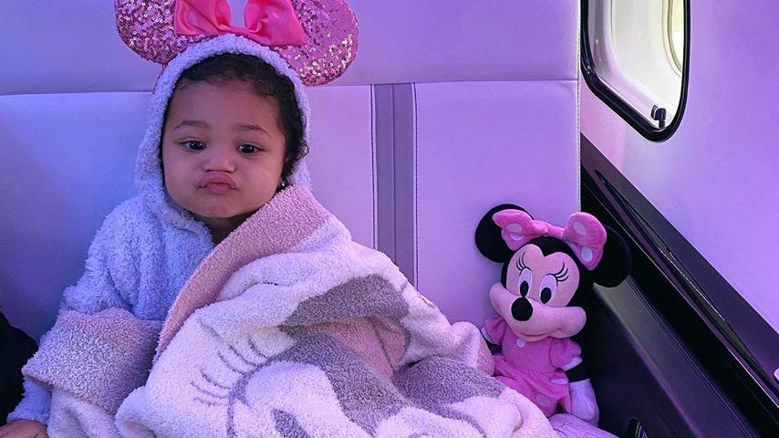 Süß! Hier zieht Kylie Jenners Tochter Stormi eine Schnute