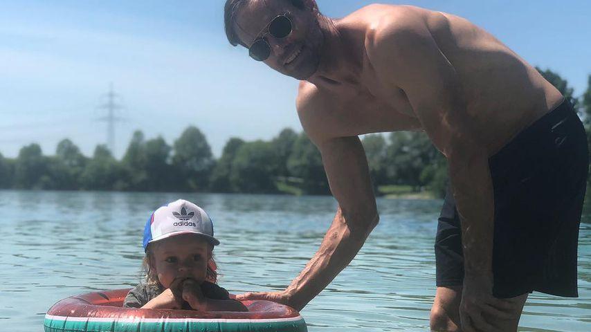 Sven Hannawald mit seinem Sohn Glen