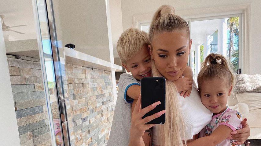 Tammy Hembrow mit ihren Kindern Saskia und Wolf, Februar 2020