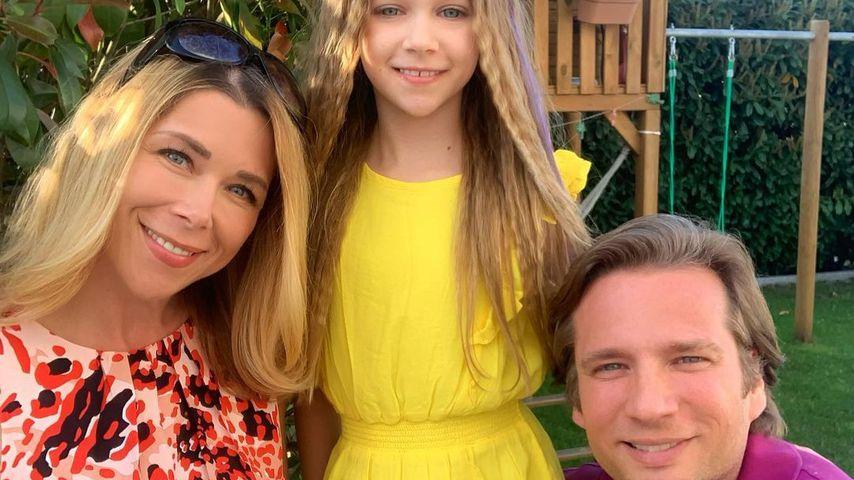 Tanja Szewczenko, ihre Tochter Jona und ihr Mann Norman in Köln im Mai 2020