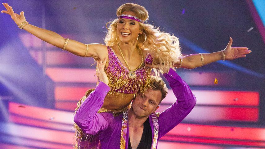 Tanja Szewczenko fiebert Tanz-Finale entgegen