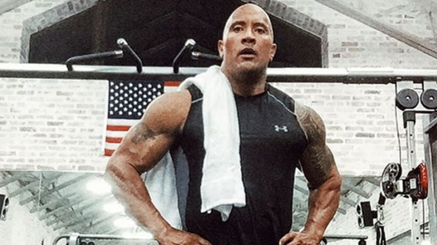 Mega-Oberschenkel: The Rock ist stolz auf seine Stahl-Beine!