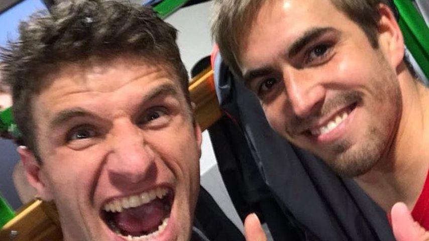 5 Mal Deutscher Meister in Folge! So feiern die Bayern-Stars