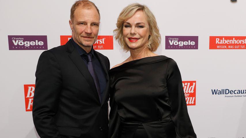 Thorsten Nindel und Saskia Valencia bei der Verleihung des Goldene Bild der Frau Awards in Hamburg