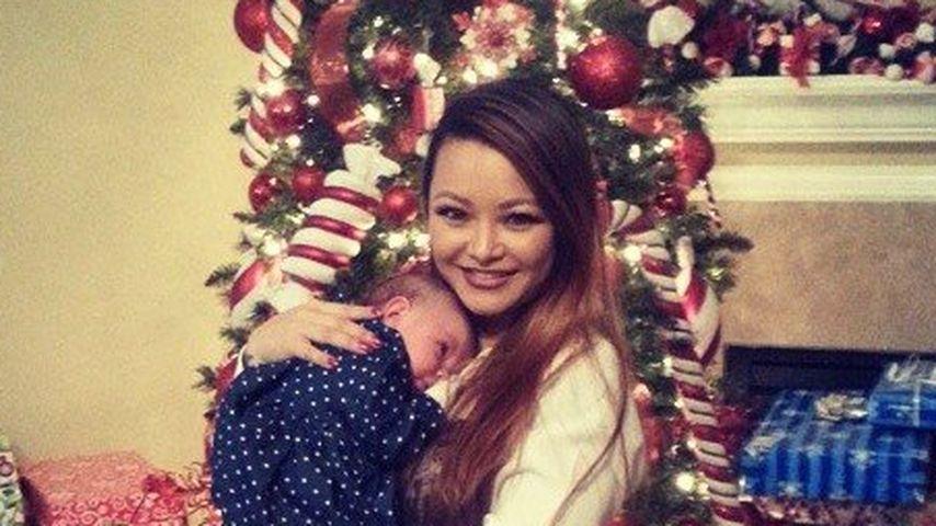 Süß: Tila Tequila feiert Isabellas 1. Weihnachten