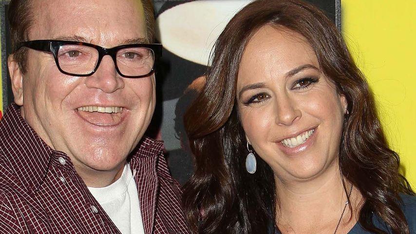 Papa mit 56: US-Schauspieler Tom Arnolds Tochter ist da!