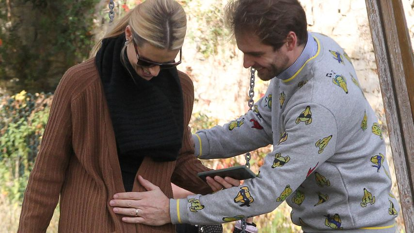 Eindeutige Bauch-Geste: Ist Michelle Hunziker schwanger?