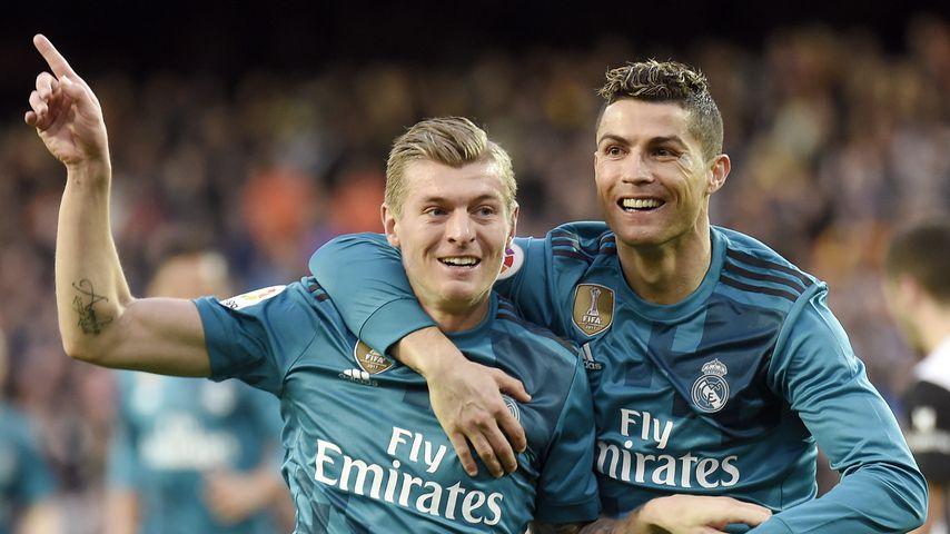Toni Kroos und Cristiano Ronaldo 2018 bei einem Spiel von Real Madrid gegen FC Valencia