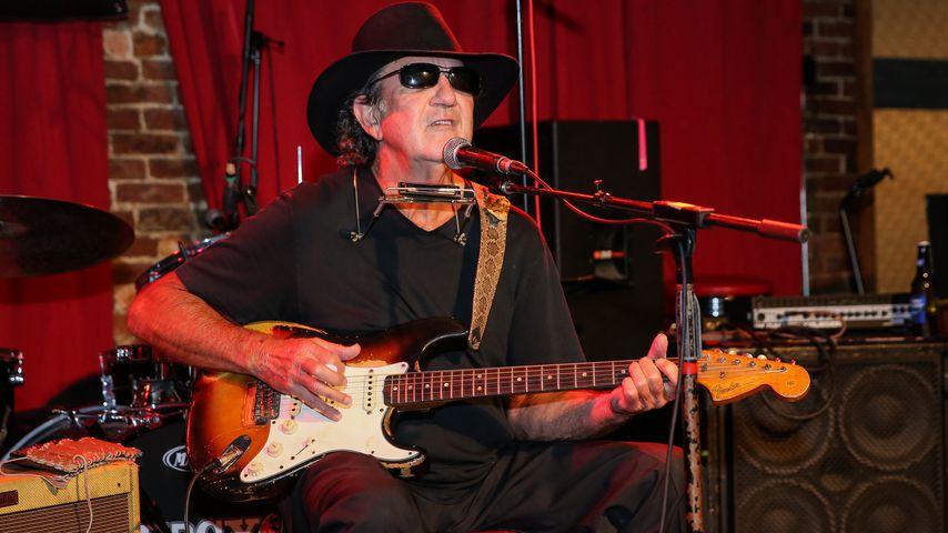 Tony Joe White, Sänger