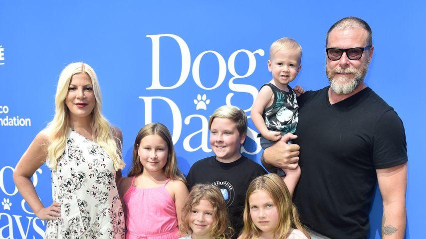 """Tori Spelling, Dean McDermott und ihre Kinder bei der Premiere von """"Dog Days"""""""