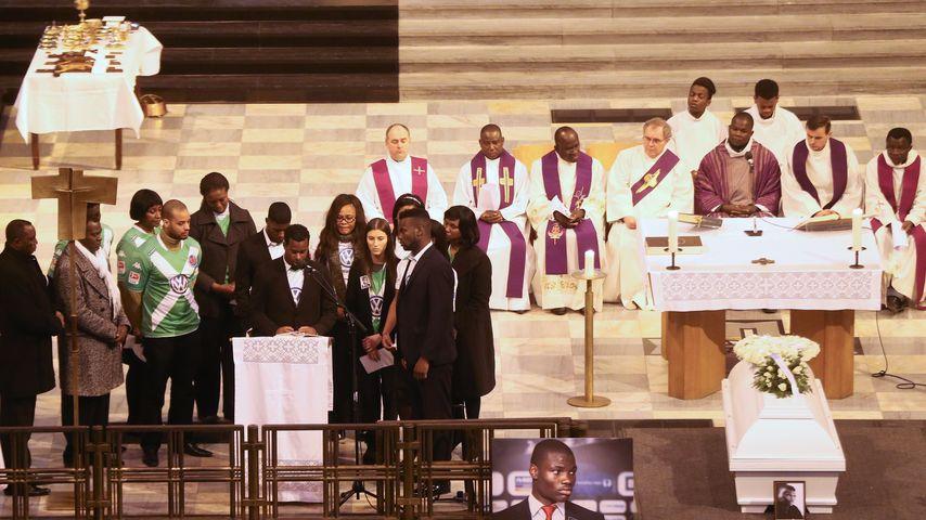 Bewegende Beisetzung: Abschied von Malanda (✝20)