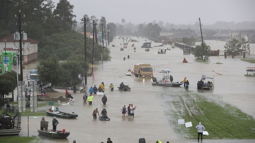 Überflutete Straße in Texas nach Hurricane Harvey