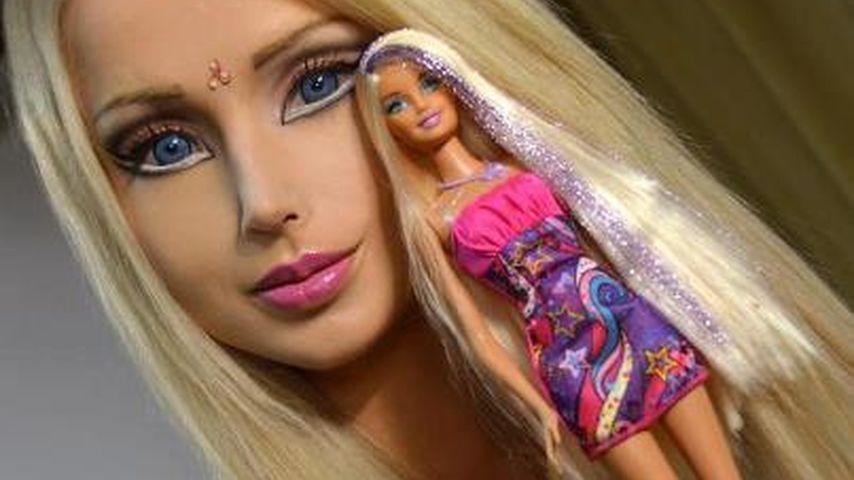 Direkt-Vergleich: Puppen-Frau Valeria ist Barbie!