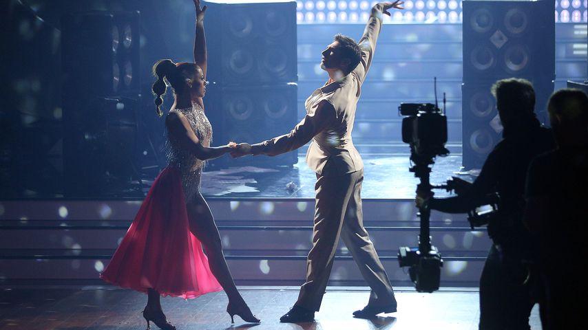 Vanessa Mai und Christian Polanc tanzen in der neunten Show von Let's Dance 2017