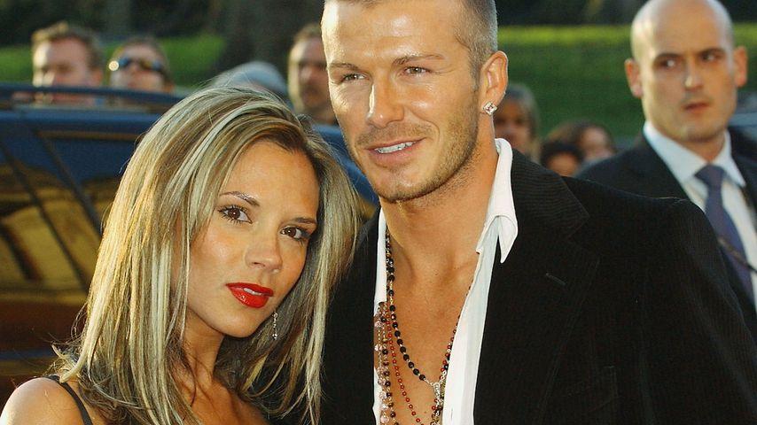 Victoria und David Beckham bei einer Party in London im April 2004