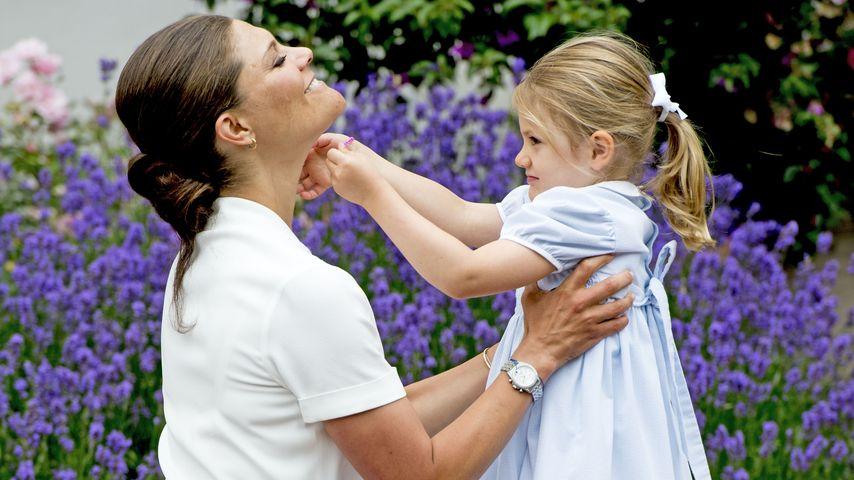 Helferlein für Mama: Prinzessin Estelle hat alles im Griff!