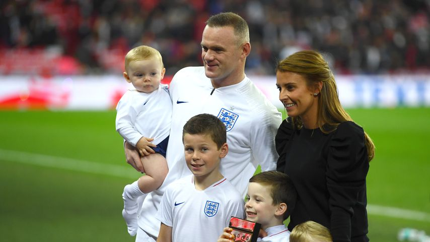 Wayne Rooney und seine Familie im Wembley-Stadion in London