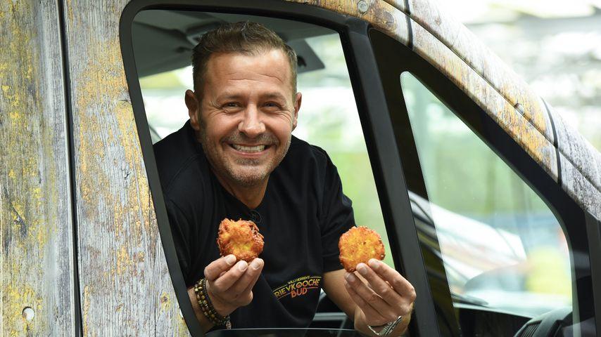 Willi Herren bei seiner Food-Truck-Eröffnung in Frechen