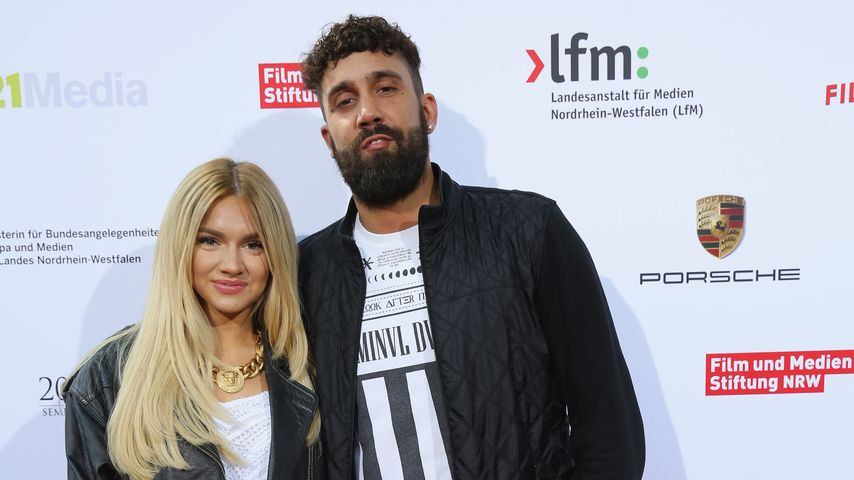 Shirin David and Chris Mauazidis bei den Internationalen Emmy Awards 2015 in Köln