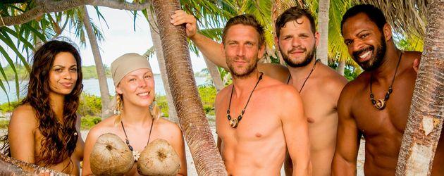 """Adam sucht Eva"": (v.l.) Chantel, Leo Bartsch, Peer Kusmagk, Kushtrim und Jesse"