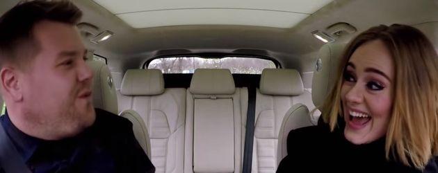 Adele Adkins und James Corden beim Carpool Karaoke