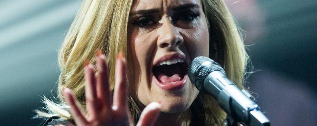 Adele Adkins, Sängerin