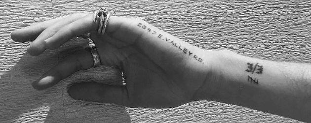 Anwar Hadids Hand-Tattoos