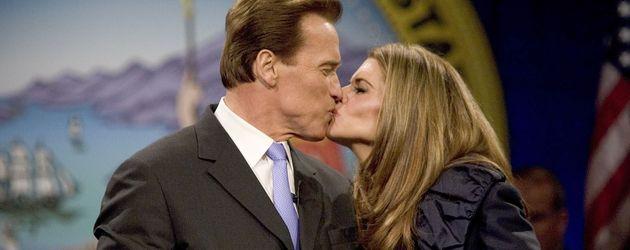 Arnold Schwarzenegger und Maria Shriver bei seiner Amtseinführung als Gouverneur
