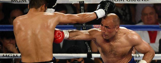 Boxer Arthur Abraham beim Match gegen Gilberto Ramirez im April 2016 in Las Vegas