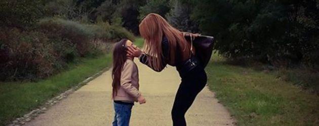 Julia Jasmin Rühle mit ihrer Tochter
