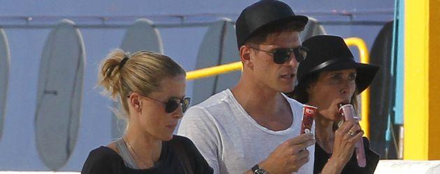 Carina Wanzung und Mario Gomez auf Ibiza