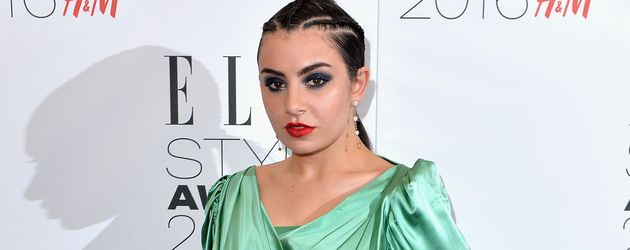 Charlie XCX bei den Elle Style Awards