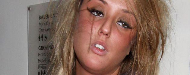 """Charlotte Crosby bei einer Party zu Beginn ihrer Zeit bei """"Geordie Shore"""""""