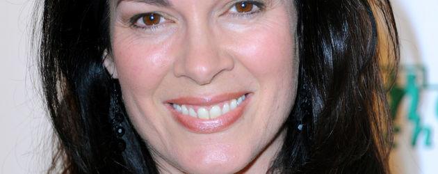 <b>Cheryl Shepard</b> - cheryl-shepard-in-gruen