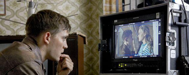 Schauspieler Jonas Nay bei Dreharbeiten
