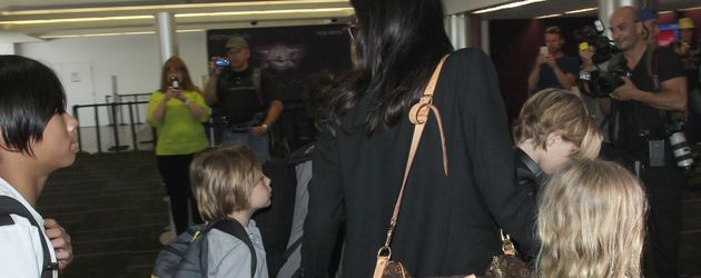 Angelina Jolie, Brad Pitt, Shiloh Jolie-Pitt, Knox Jolie-Pitt, Pax Thien Jolie-Pitt und Vivienne Jol
