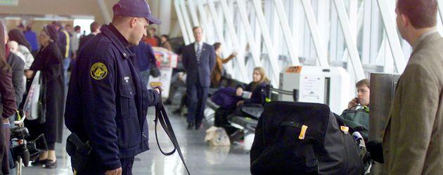 Symbolbild: Sicherheitswarnung am Flughafen JFK in New York