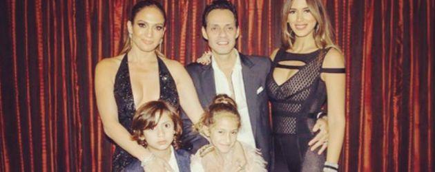 Oben: Jennifer Lopez (l.) mit Marc Anthony und den gemeinsamen Kindern