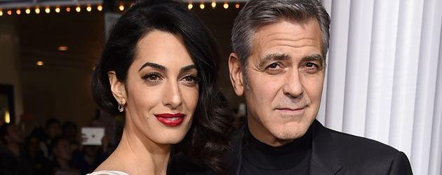 Oscar-Preisträger George Clooney mit seiner Frau, Anwältin Amal Clooney