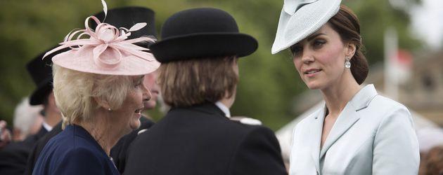 Herzogin Kate bei der Gartenparty im Buckingham Palast