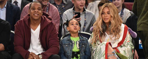Jay-Z, Blue Ivy und Beyoncé beim NBA All-Star Game in New Orleans 2017